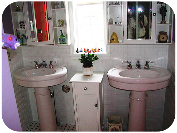 bathrooms38.jpg